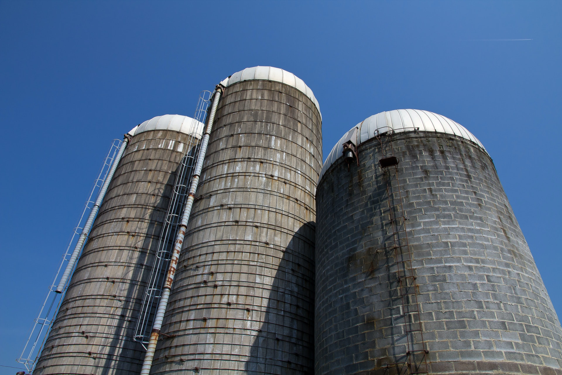 silos: good for storing grain, not good for account based marketing